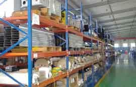 中永定做仓储货架厂家教你仓储货架是如何提高仓储管理效率的