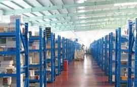 中型仓储货架是什么原因让它如此畅销?
